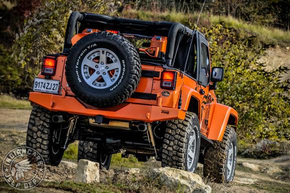 Jeep-Wrangler-JK-10