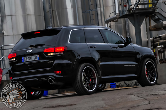 jeep grand cherokee srt 12