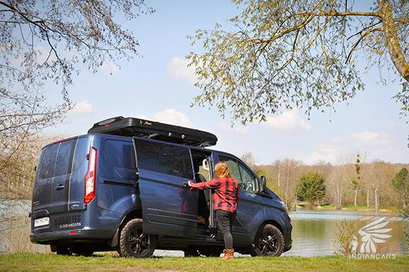 ford-transit-custom-van-offroad